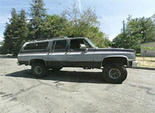 Alice's Chevy Suburban before pimping