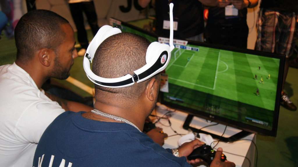 616804 426291770751118 1678937253 o 1024x574 Xzibit features at GamesCom 2012 in Germany with gaming accessory maker MonsterCable