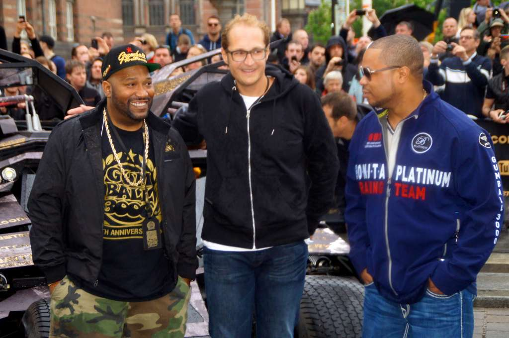 Xzibit & Bun B infront of the Batmobile 2