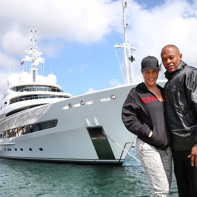 dr-dre-with-xzibit-yacht