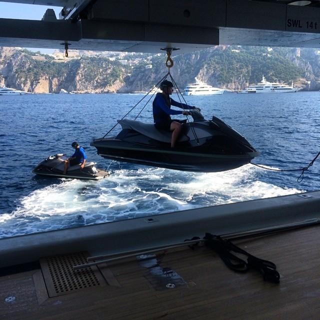 xzibit-jet-skis-dr-dre-yacht