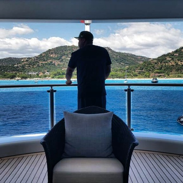 xzibit-looking-out-from-deck-dr-dre-yacht