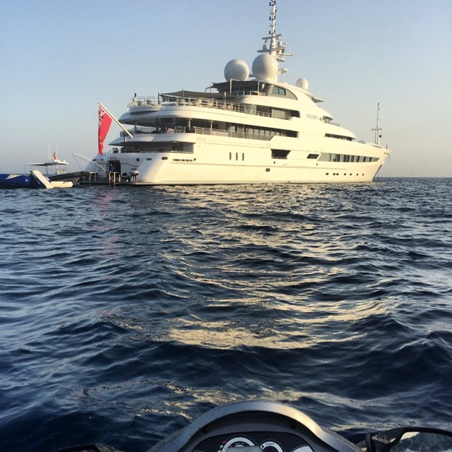 xzibit-view-of-the-yacht-dr-dre-yacht